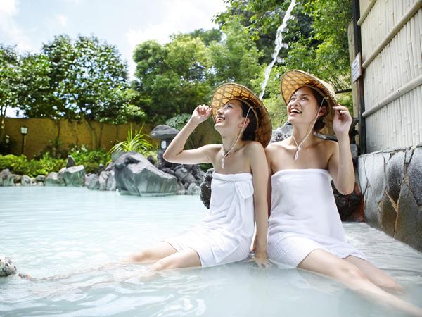 別館露天風呂「白紫(びゃくし)の湯」
